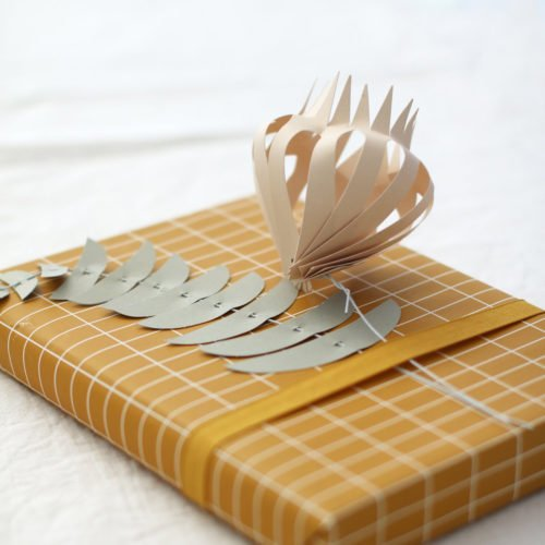 jurianne-matter-papierblumen-kore-mood-2