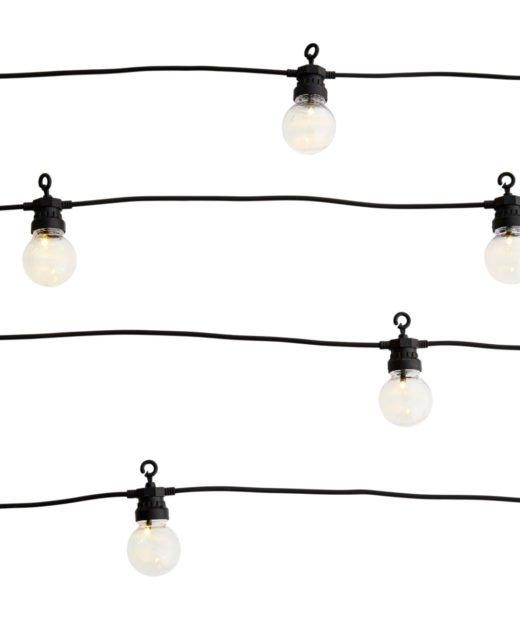 Madam-Stoltz-Lichterkette-schwarz
